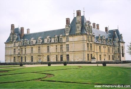 Le château d'Ecouen et le parc