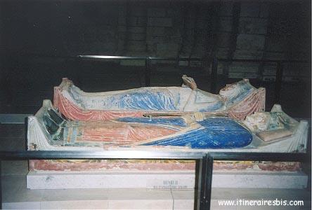 Gisants de Henry II et Isabelle d'Angoulême