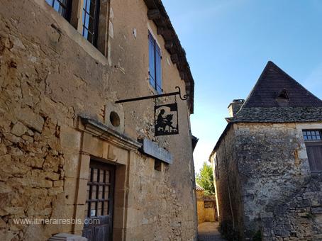 Rue de Beynac