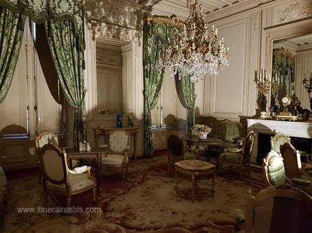 Château de Puymartin le boudoir