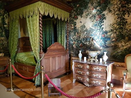 Château de Puymartin la chambre d'honneur