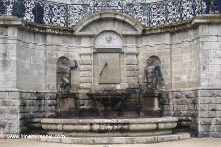 Fontaine du château de Powerscourt