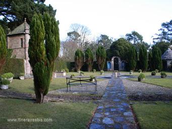 Petit jardin caché dans le parc de Mount Stewart