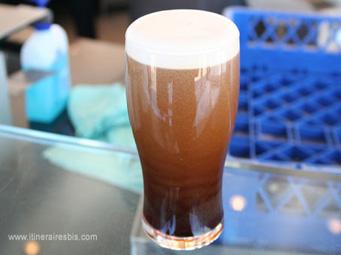 La fameuse bière Guiness à peine tirée du fût
